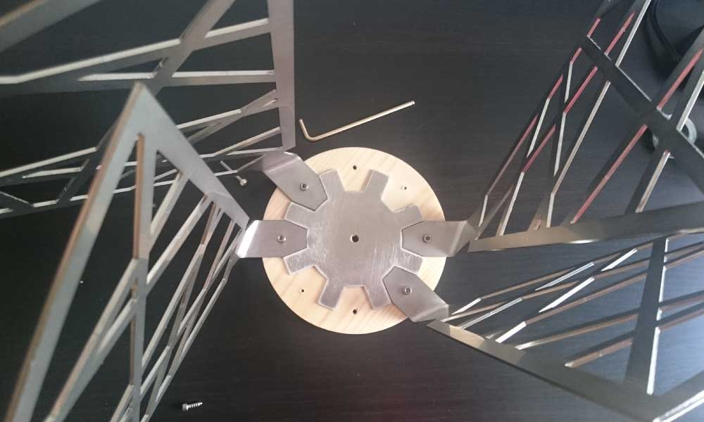 Montaje de la lámpara CROÓ Rogal